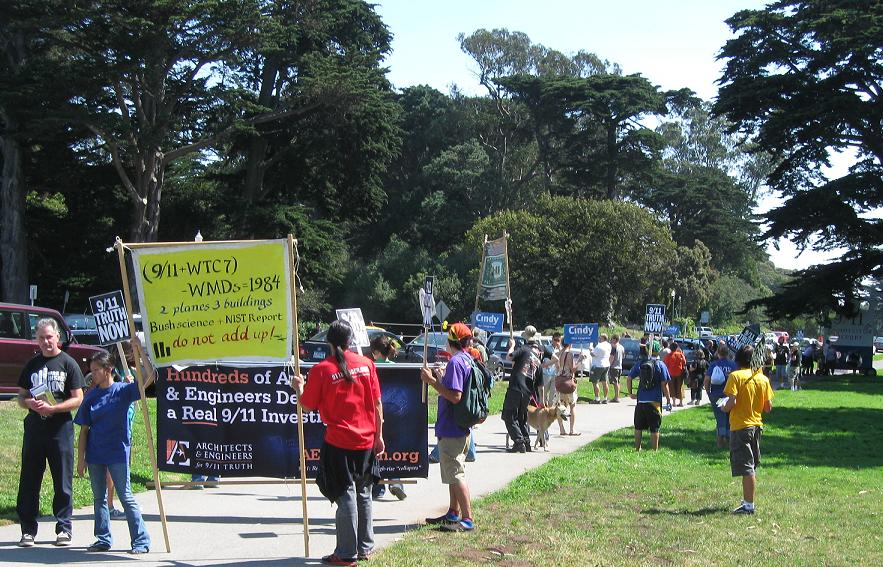 Photo of rally and march for 911 truth