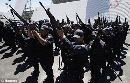 Photo of Mexican police