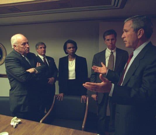 Photo of Bush with Cheney Rice and Senior Staff