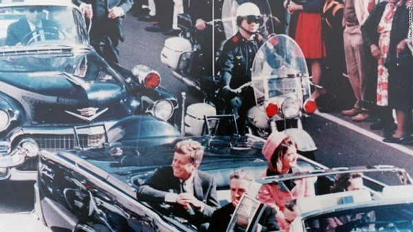 Photo of John F. Kennedy in Dallas motorcade