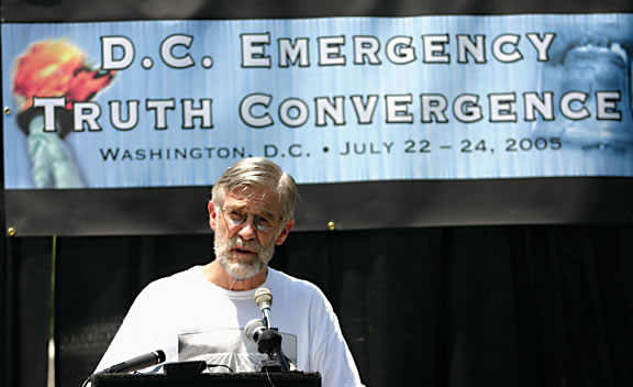 Ray McGovern at podium speaking at Emergency Truth Convergence 2004 in Washington DC